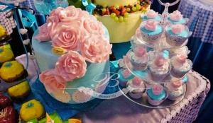 Tort weselny cupcakes